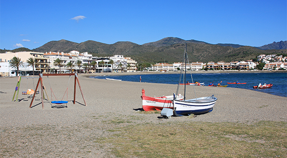 Photo of Platja del Port de Llançà in Llançà